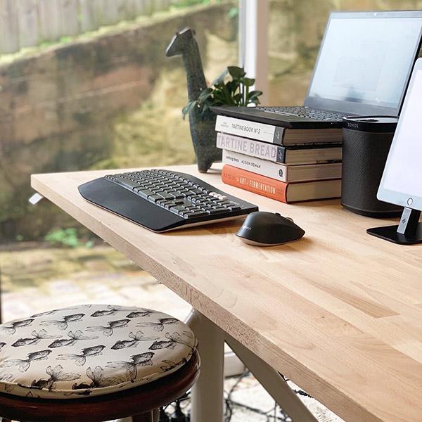 Smart Office Tech Desk